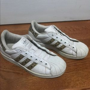 Women's adidas shoes size 8